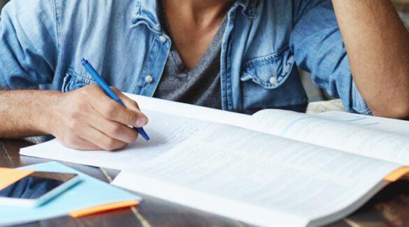 Persona-estudiando