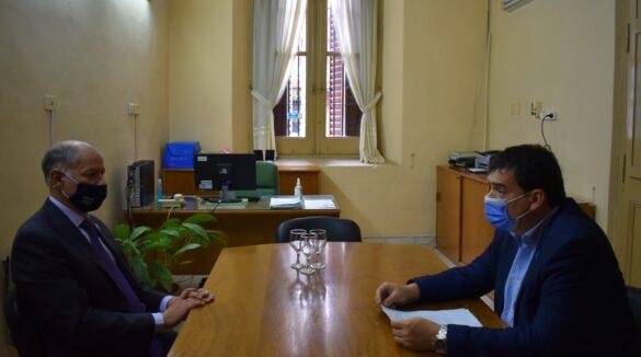 foto_reunión_rector_con_intendente_de_Nogoyá